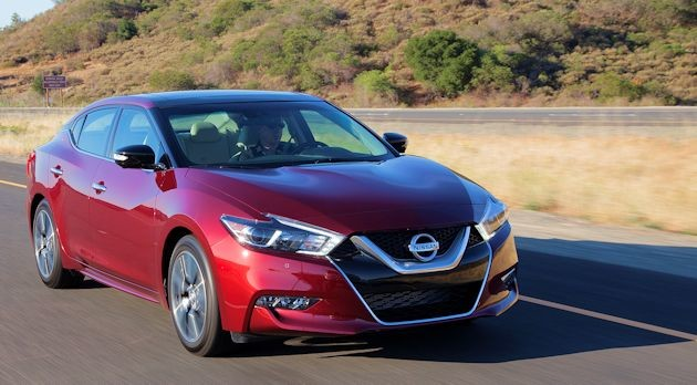 2016 Nissan Maxima front