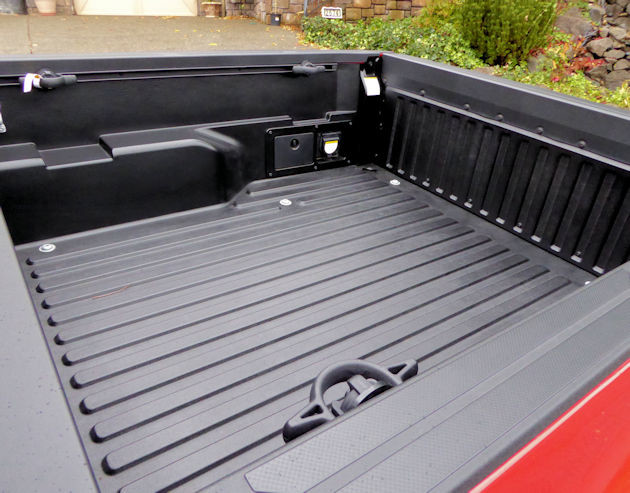 2016 Toyota Tacoma bed 2
