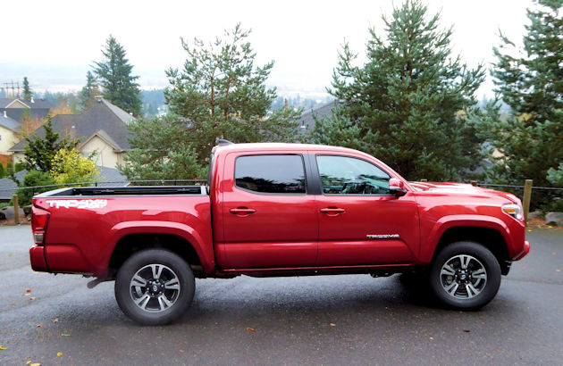 2016 Toyota Tacoma side