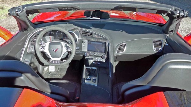 Chevy-Corvette-ZO6-Conv-Dsh