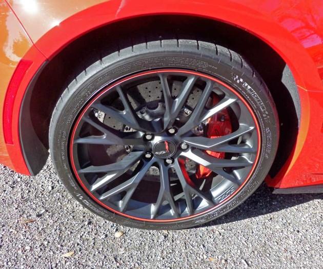 Chevy-Corvette-ZO6-Conv-Whl