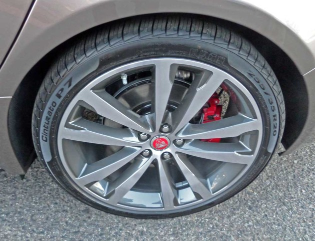 Jaguar-XF-S-Whl