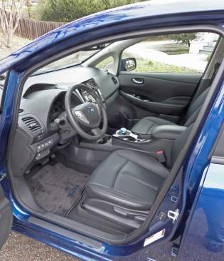 Nissan-Leaf-Int