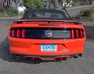 Ford-Mustang-GT-Conv-Tail