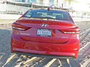 Hyundai-Elantra-Tail