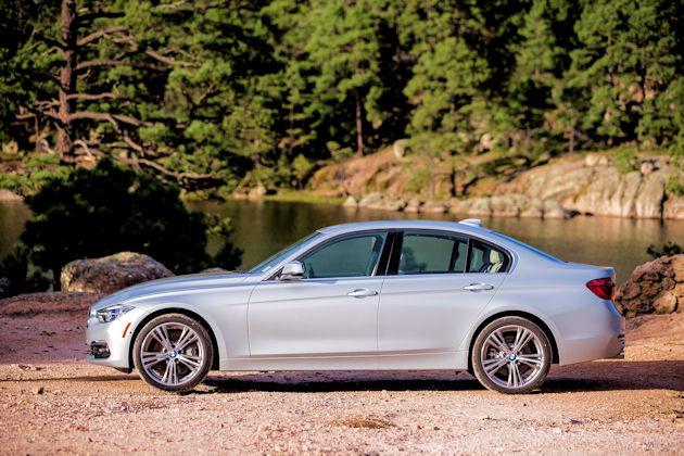 2016 BMW 340i side