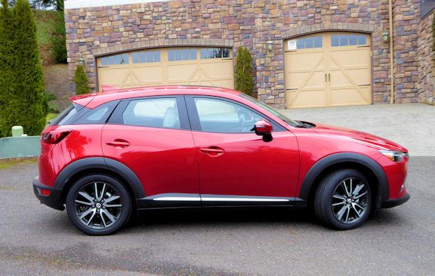 2016 Mazda CX-3 side 2