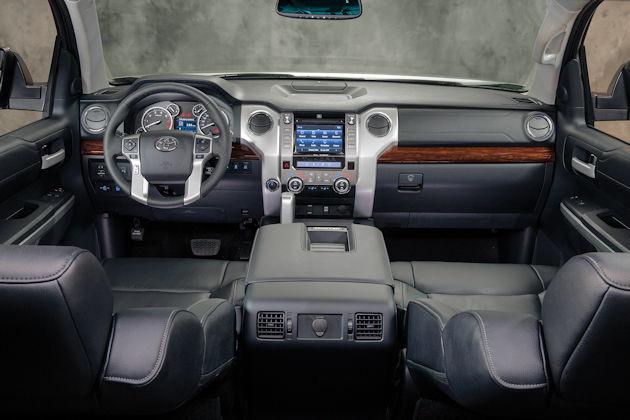 2016 Toyota Tundra dash
