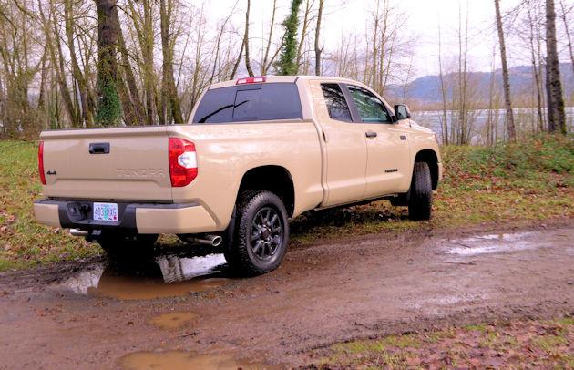 2016 Toyota Tundra rear