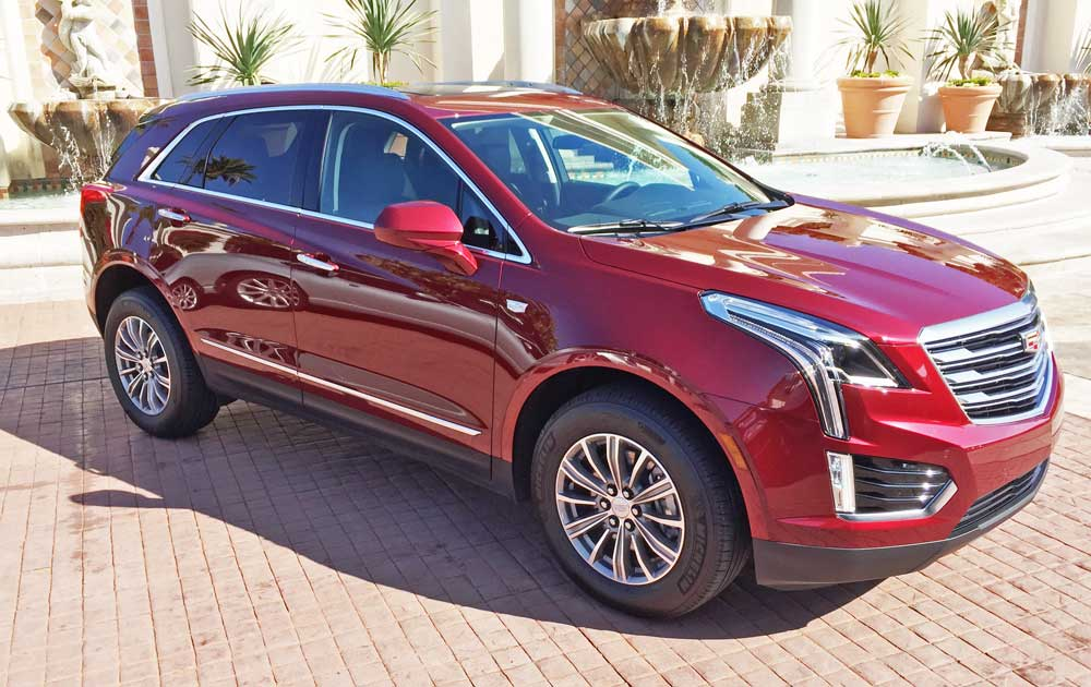 2017 cadillac xt5 premium luxury suv test drive our auto expert. Black Bedroom Furniture Sets. Home Design Ideas