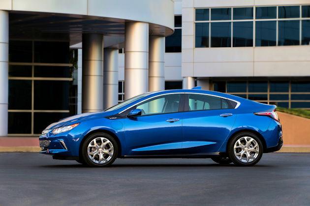 2016 Chevrolet Volt side