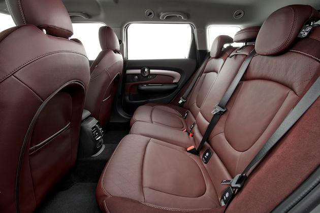 2016 Mini Cooper Clubman rear seat