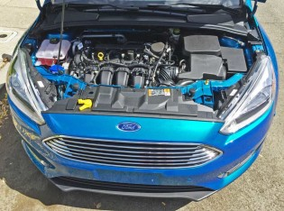 Ford-Focus-Eng