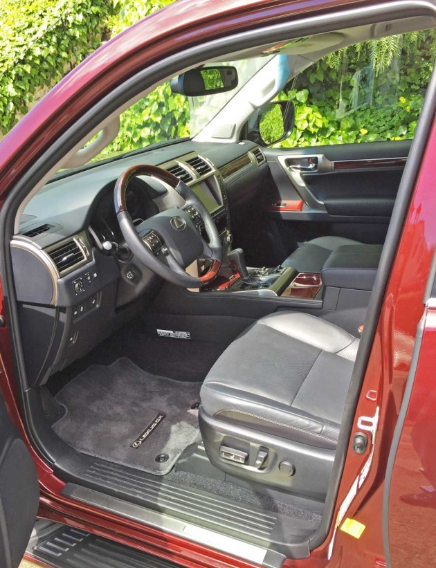 Lexus-GX-460-Int