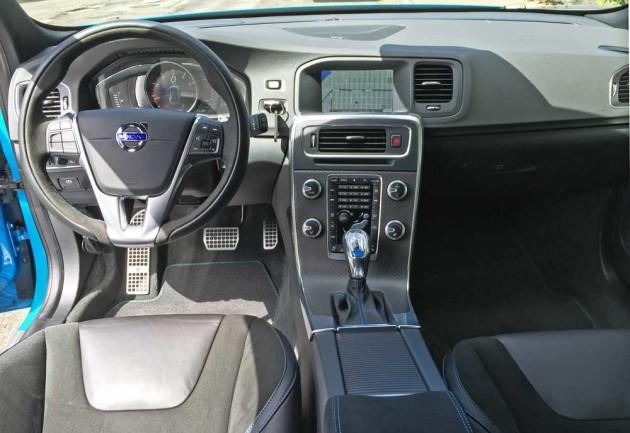 Volvo-V60-Polestar-Dsh