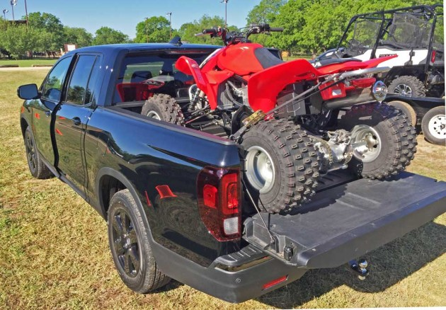 Honda-Ridgeline-ATV