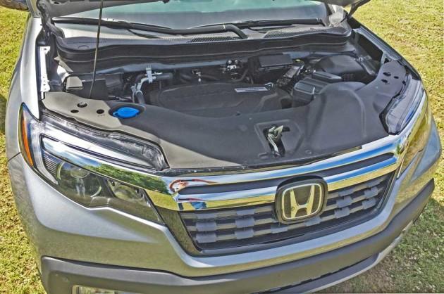 Honda-Ridgeline-Eng