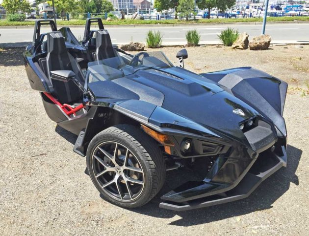2016 Polaris Slingshot SL LE Test Ride/Drive