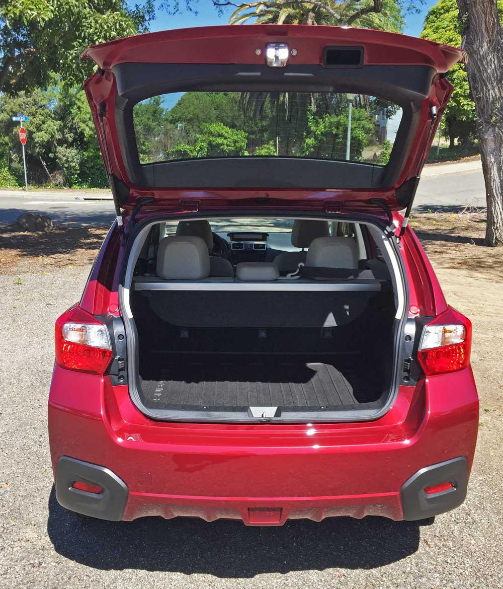 2016 subaru crosstrek limited test drive our auto. Black Bedroom Furniture Sets. Home Design Ideas