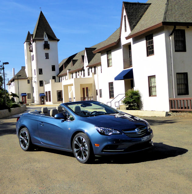 2016 Buick Cascada td front