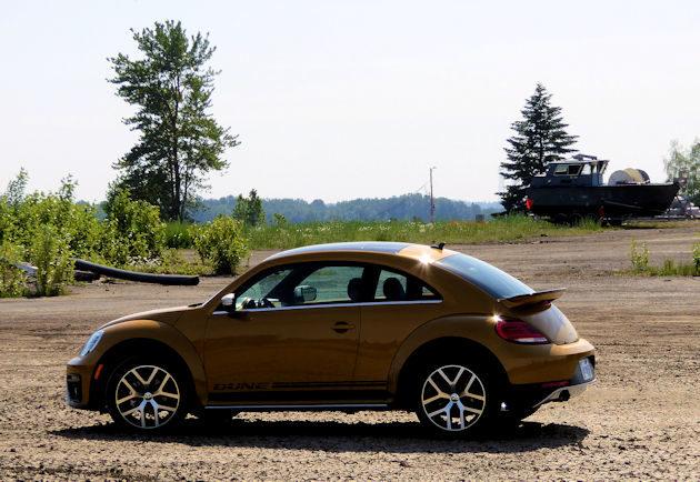 2016 Volkswagen rear q