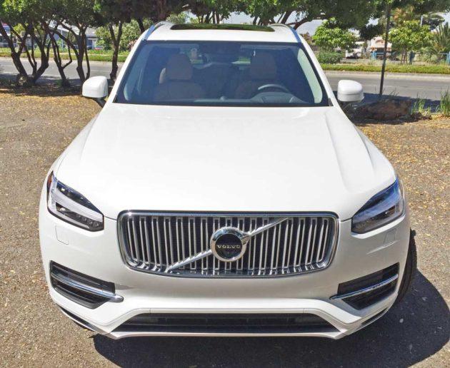 Volvo-XC90-T8-Hybrid-Nose