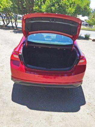 Chevy-Malibu-Hybrid-Trnk