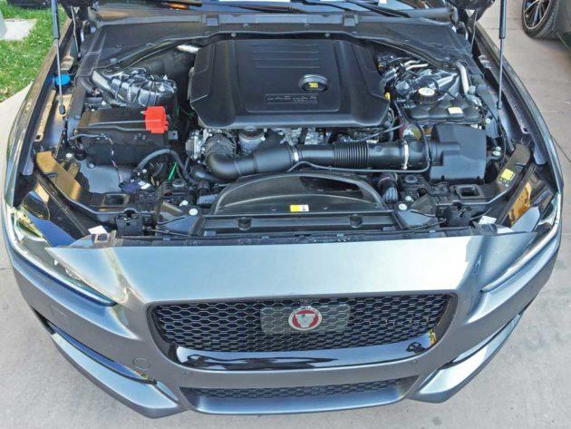 Jaguar-XE-Sdn-Eng-20d