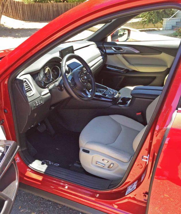 Mazda-CX-9-Int