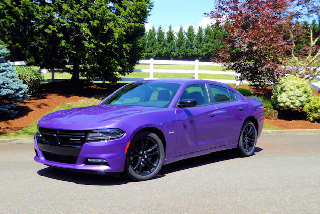 2016 Dodge Charger front q