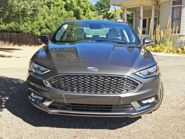 Ford-Fusion-Energi-Nose