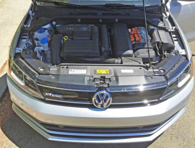 VW-Jetta-Hybrid-Eng