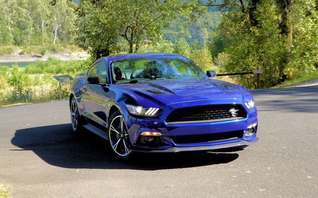 2016-ford-mustang-gt-coupe-front-q
