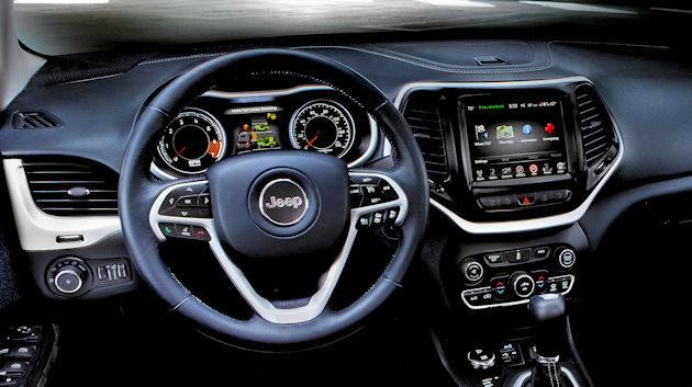 2016-jeep-cherokee-dash-2
