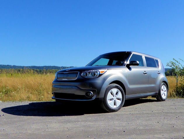 2016 kia soul ev test drive our auto expert. Black Bedroom Furniture Sets. Home Design Ideas