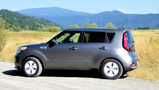 2016 kia soul ev test drive. Black Bedroom Furniture Sets. Home Design Ideas