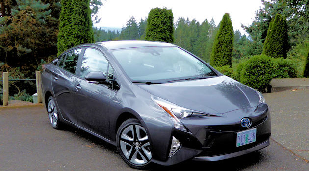 2016 Toyota Prius Test Drive