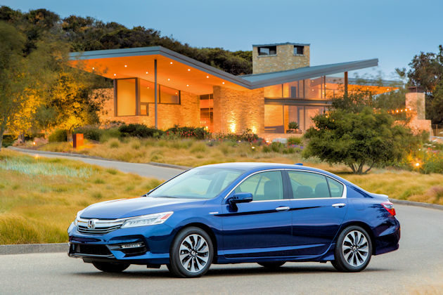 2017 Honda Accord Hybrid Test Drive
