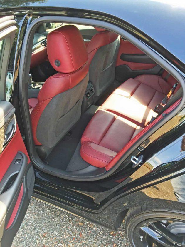Cadillac-ATS-2.0T-RInt