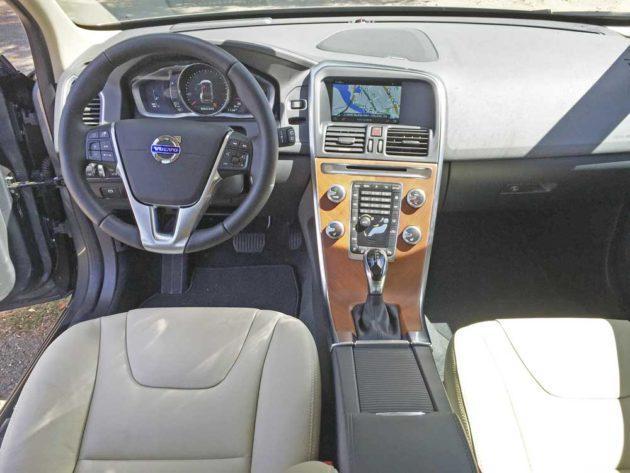 Volvo-XC60-T6-Dsh