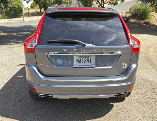 Volvo-XC60-T6-Tail