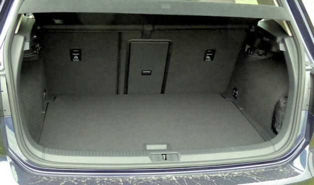 2016-volkswagen-egolf-cargo