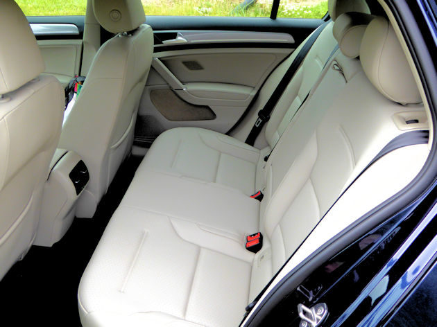 2016-volkswagen-egolf-rear-seat