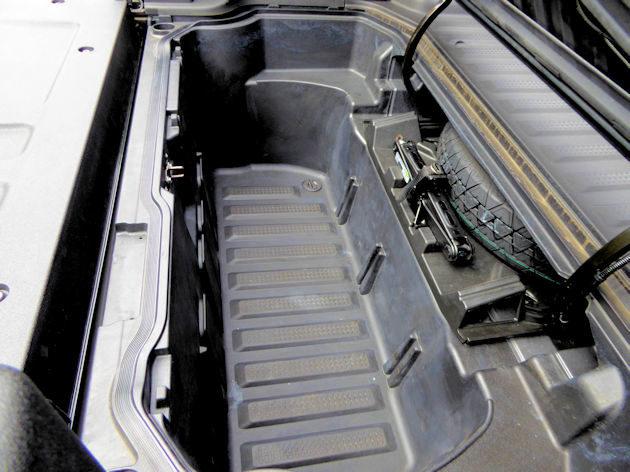 2017 Honda Ridgeline AWD Test Drive - NikJMiles.com