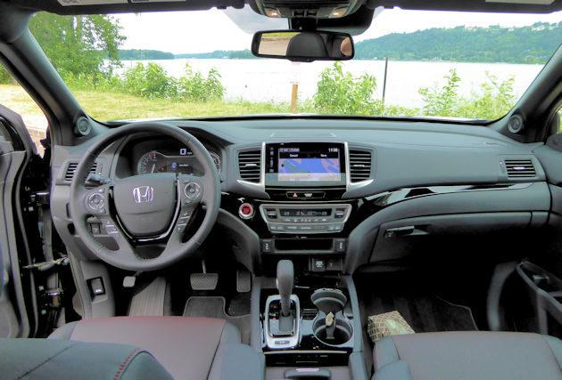 2017 Honda Ridgeline Awd Test Drive Our Auto Expert