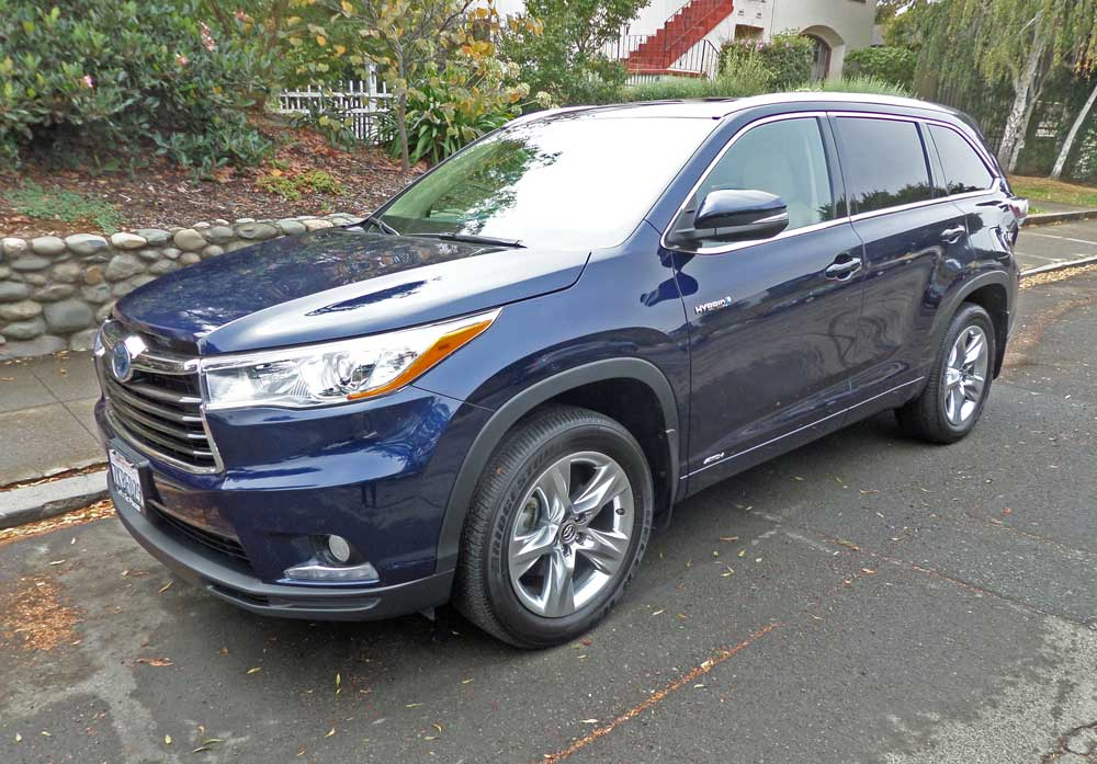 2016 toyota highlander hybrid limited test drive our auto expert. Black Bedroom Furniture Sets. Home Design Ideas