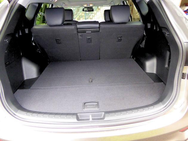 2017 hyundai santa fe sport test drive. Black Bedroom Furniture Sets. Home Design Ideas