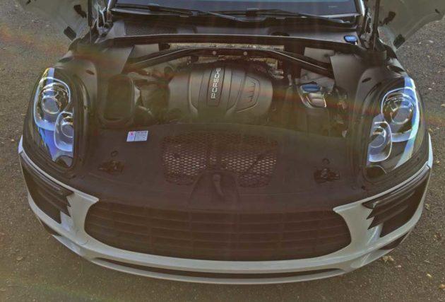 Porsche-Macan-Eng
