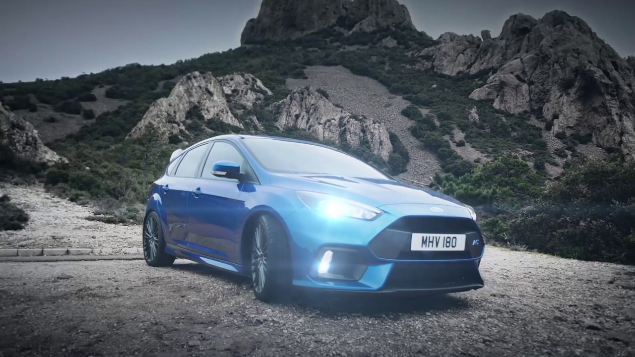 ford focus rs in the snow our auto expert. Black Bedroom Furniture Sets. Home Design Ideas