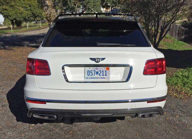 Bentley-Bentayga-Tail